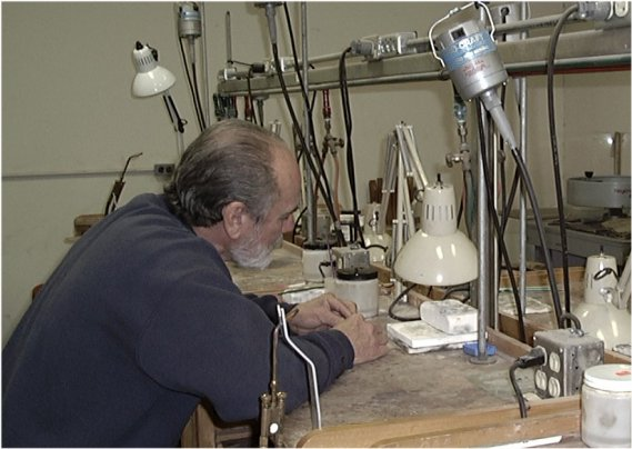 Jewelry Making Classroom